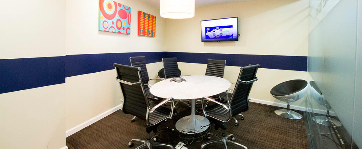 Modern Small Meeting Room C for 5 - TS in NEW YORK Hero Image in Midtown, NEW YORK, NY