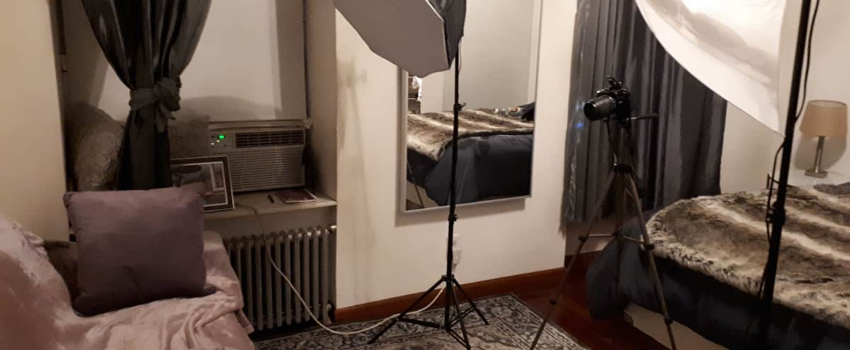 300SFT Quiet Studio With Lighting And Makeup Available  CLOSE to Subways in New York Hero Image in Upper East Side, New York, NY