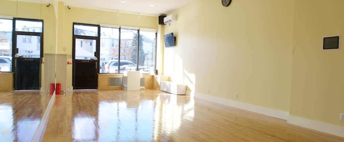 Bright Dance/ Yoga Studio in Brooklyn Hero Image in Gravesend, Brooklyn, NY