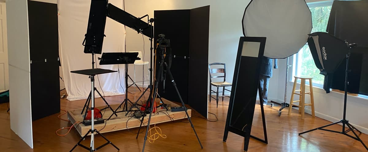 Roomy Photo Studio in Bedford Hills Hero Image in undefined, Bedford Hills, NY