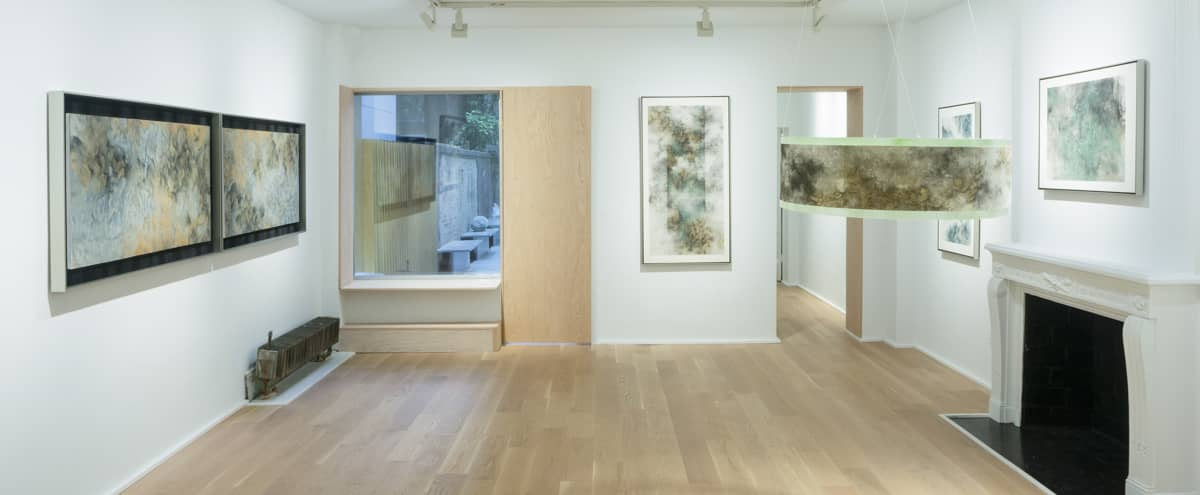 Upper East Side Prime Location Gallery in New York Hero Image in Upper East Side, New York, NY