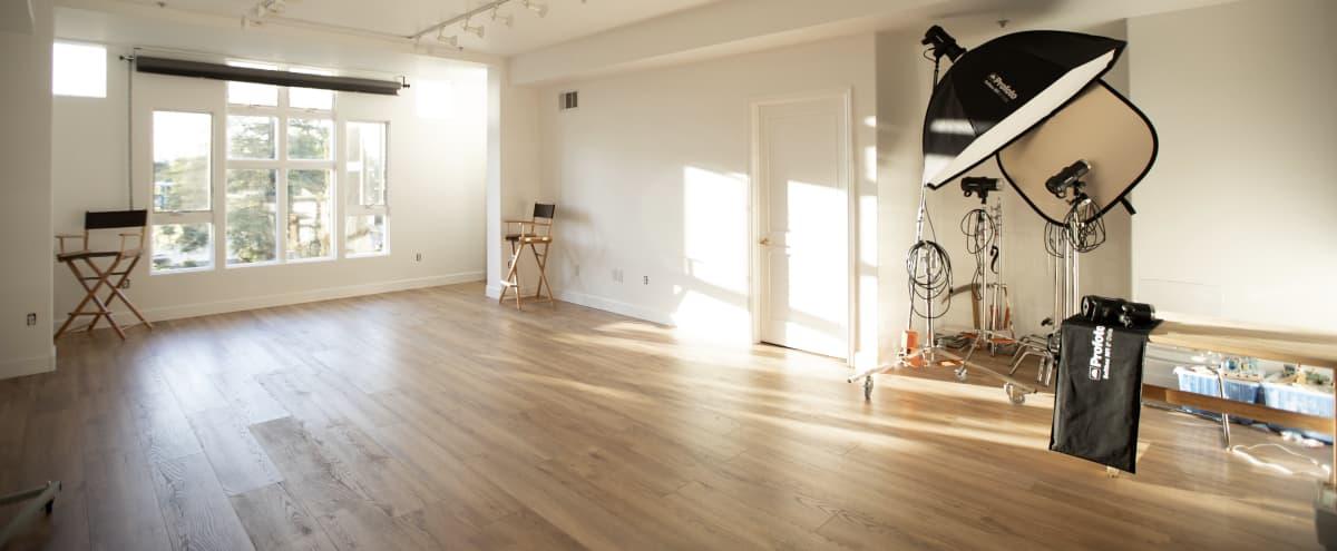 Bright, spacious photo studio with great lighting. in Palo Alto Hero Image in Evergreen Park, Palo Alto, CA