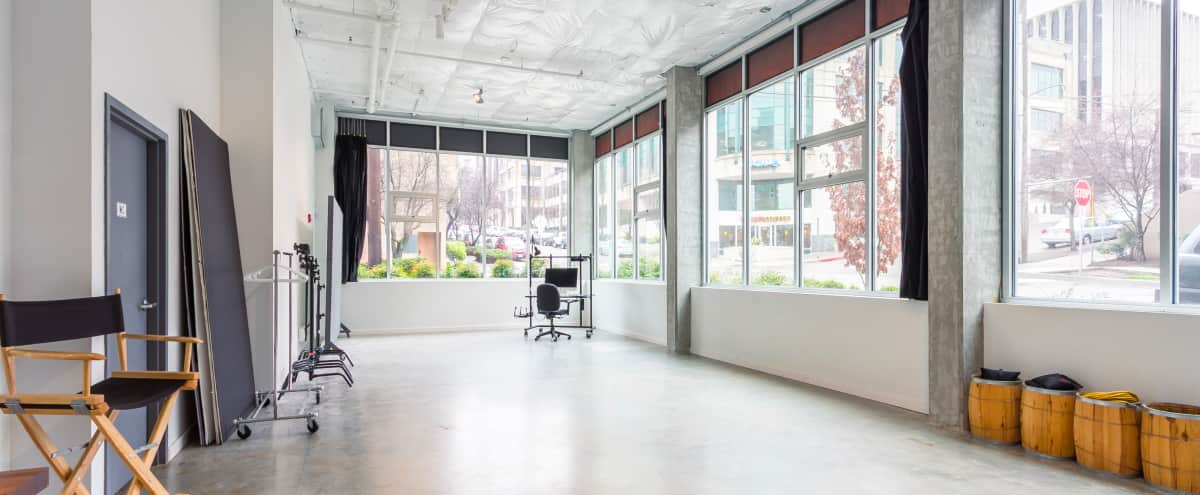 Pristine Meeting & Presentation Space with tons of natural light... in Seattle Hero Image in Queen Anne, Seattle, WA