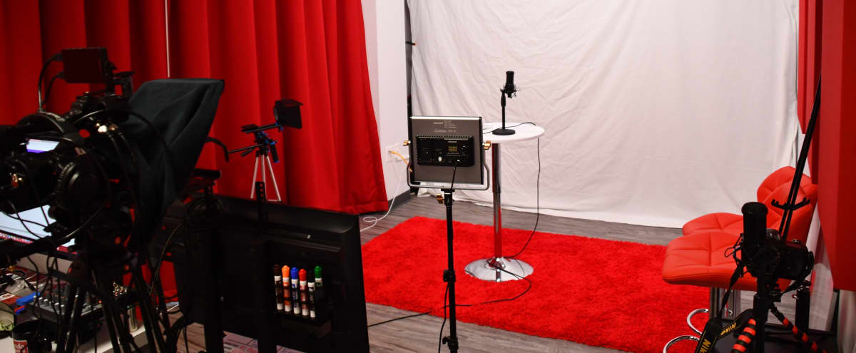 Podcast/Video Blog Studio w/ equipment & engineer in Atlanta Hero Image in undefined, Atlanta, GA