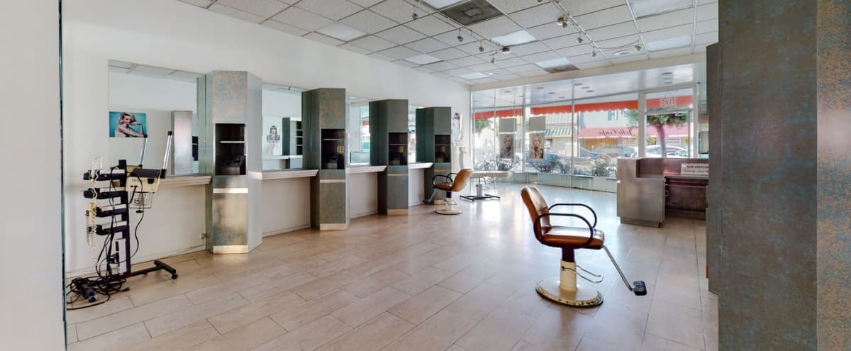 STOREFRONT Retail Space Available in Los Angeles, CA (WESTWOOD / CENTURY CITY / WEST LA) in LOS ANGELES Hero Image in Westwood, LOS ANGELES, CA