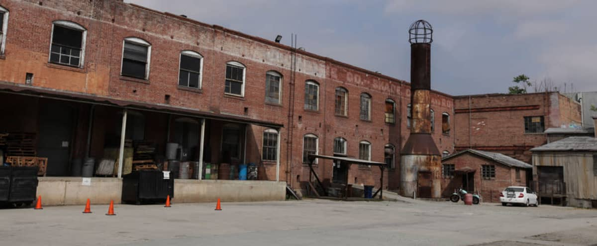 Gate 2 - Warehouse Exterior/Parking Lot in Los Angeles Hero Image in Northeast Los Angeles, Los Angeles, CA