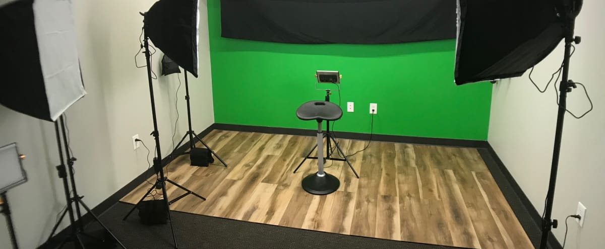 New North Fulton Photo Studio in Roswell Hero Image in undefined, Roswell, GA
