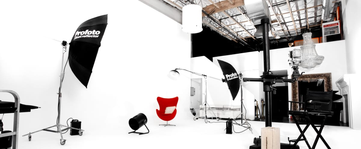 Photography Studio with White Cyclorama Wall in Las Vegas Hero Image in undefined, Las Vegas, NV