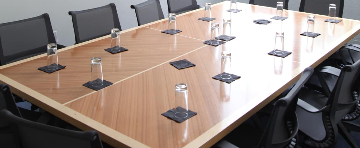 Mid-size Corporate Conference and Meeting Room in Atlanta Hero Image in Downtown, Atlanta, GA