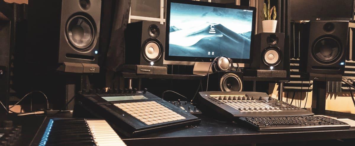 Home recording studio – Có những gì trong một phòng thu tại gia?