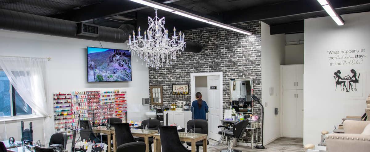Beautiful Nail Salon in Eagle Rock in Los Angeles Hero Image in Northeast Los Angeles, Los Angeles, CA
