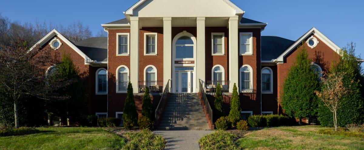 Countryside Estate with Beautiful Backdrop in Hendersonville Hero Image in undefined, Hendersonville, TN