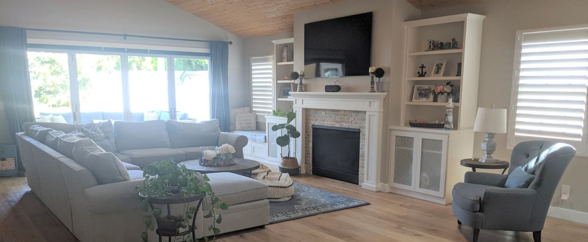 Stylish Coastal Beach Bungalow with Designer Touches, Modern Amenities, & Outdoor Space in San Diego Hero Image in Pacific Beach, San Diego, CA