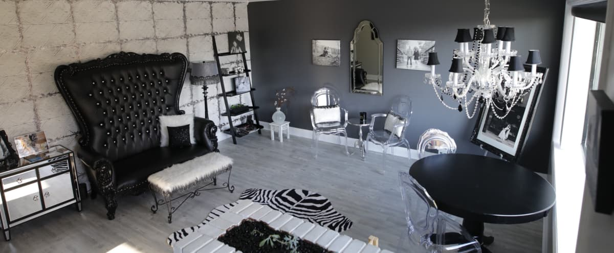Cozy Neighborhood studio with glam feel. in Syracuse Hero Image in undefined, Syracuse, NY