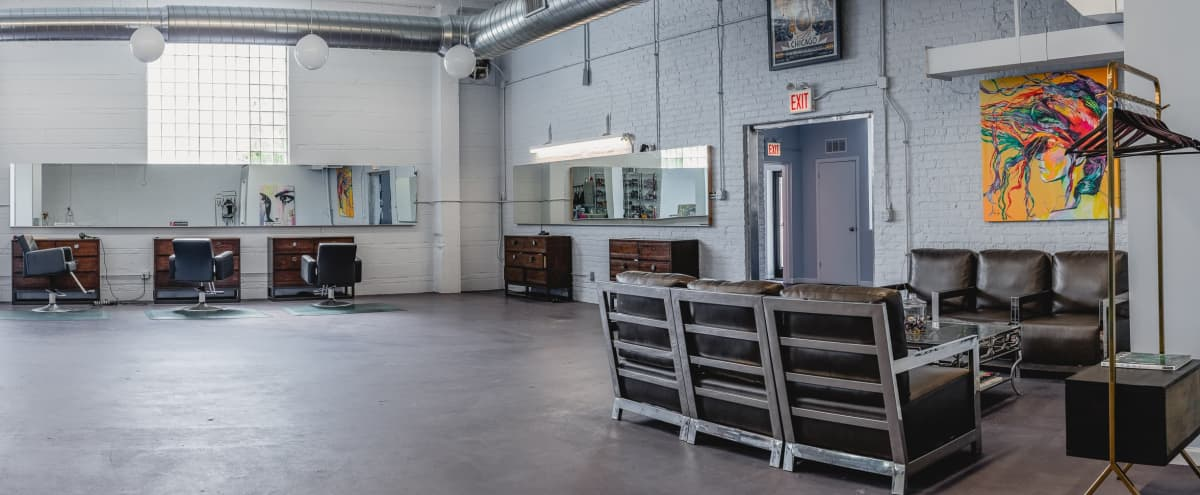 Urban industrial studio with tons of natural light in Chicago Hero Image in Bucktown, Chicago, IL