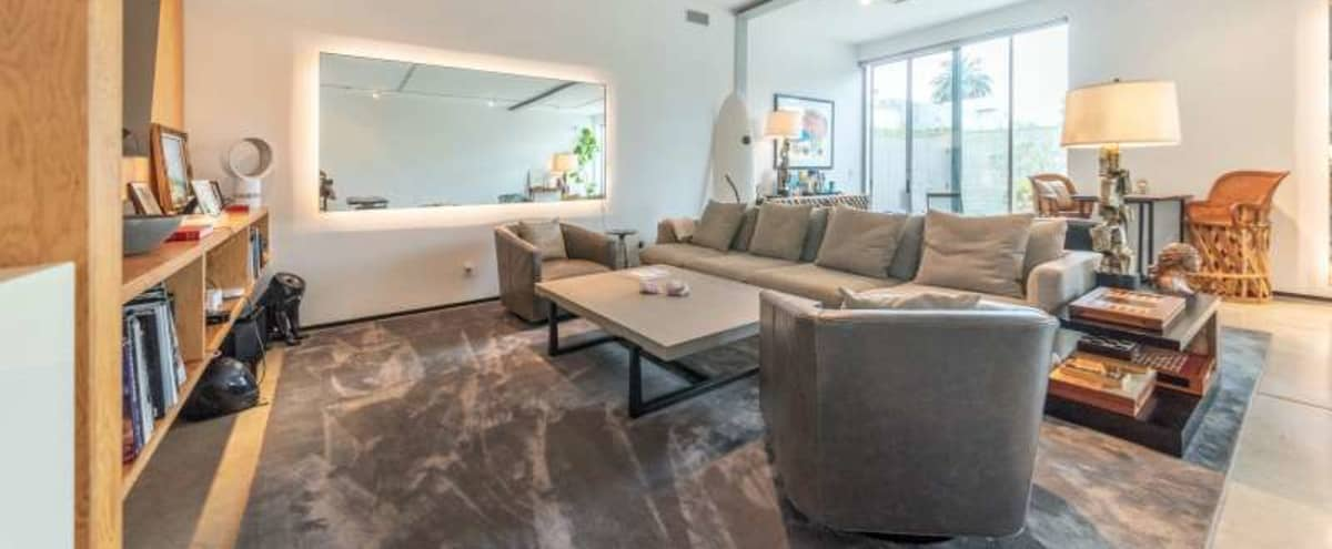 Indiana Place - open floor bright and airy creative residence in Venice Hero Image in Oakwood, Venice, CA
