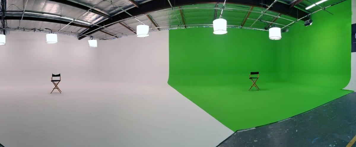 Large White Cyc, Green Screen, Black Void Studio - 3-in-1 in Burbank Hero Image in Tropico, Burbank, CA