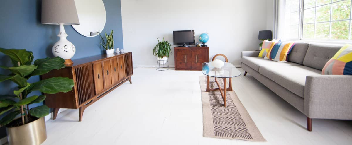 Light filled Mid Century Modern Apartment in North Park | Perfect for Film & Photo Shoots in San Diego Hero Image in North Park, San Diego, CA