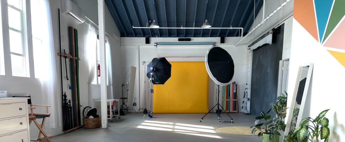 Bright Eastside Studio for Photo and Video Includes Lighting Equipment and Seamless Backdrops in Los Angeles Hero Image in Northeast Los Angeles, Los Angeles, CA