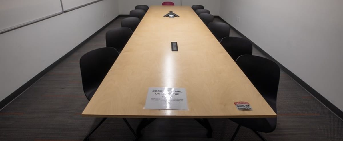 Large, Quiet and Modern Conference and Meeting Room For 7 in Phoenix Hero Image in Central City, Phoenix, AZ