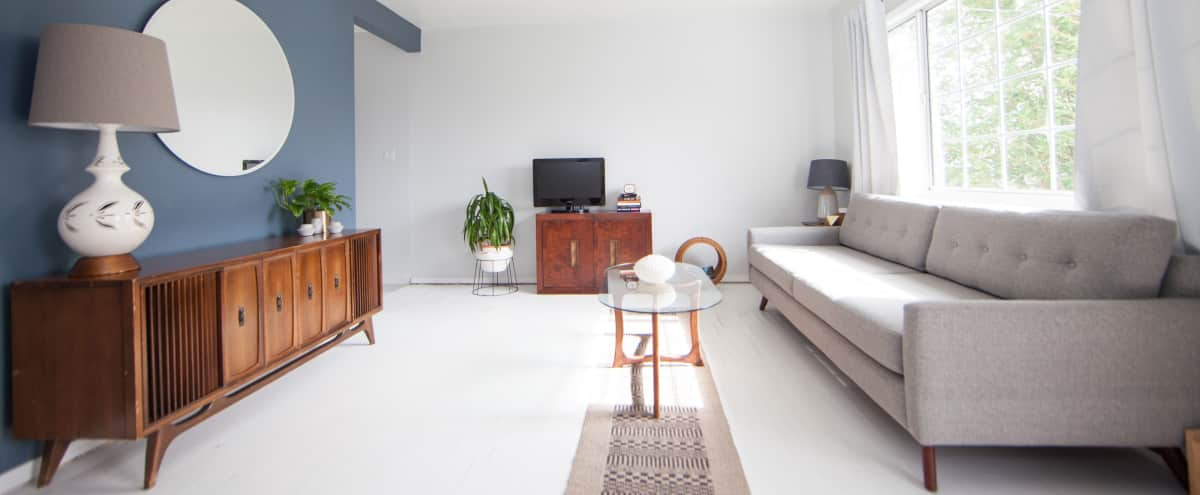 Meeting Retreat | Light filled Mid Century Modern Apartment in North Park in San Diego Hero Image in North Park, San Diego, CA