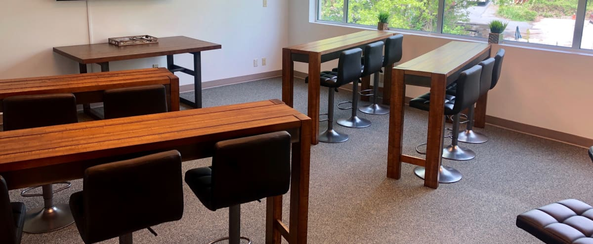 Professional & Trendy Meeting/Class Space in Woodinville Hero Image in Valley Industrial, Woodinville, WA