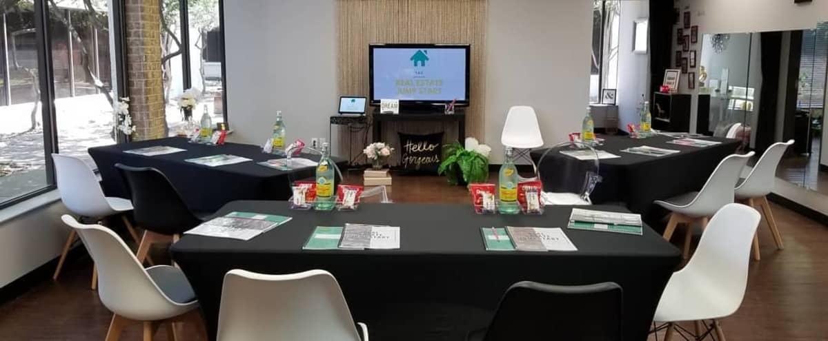 Creative Business Lounge in Dallas Hero Image in undefined, Dallas, TX