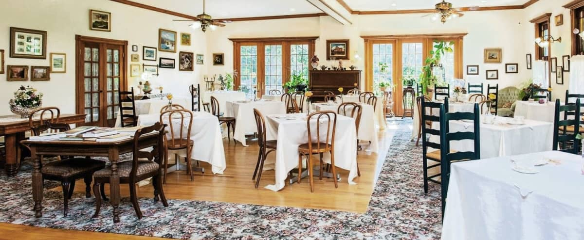 Victorian Inn With Event Room, Bar, Wood-paneled Library/Private Dining Room in Hunter Hero Image in undefined, Hunter, NY