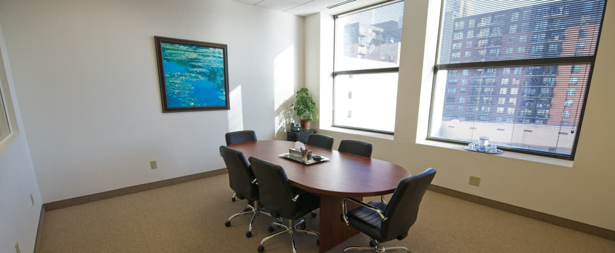 Centrally Located Meeting Space - View - 6 People in Minneapolis Hero Image in Downtown West, Minneapolis, MN