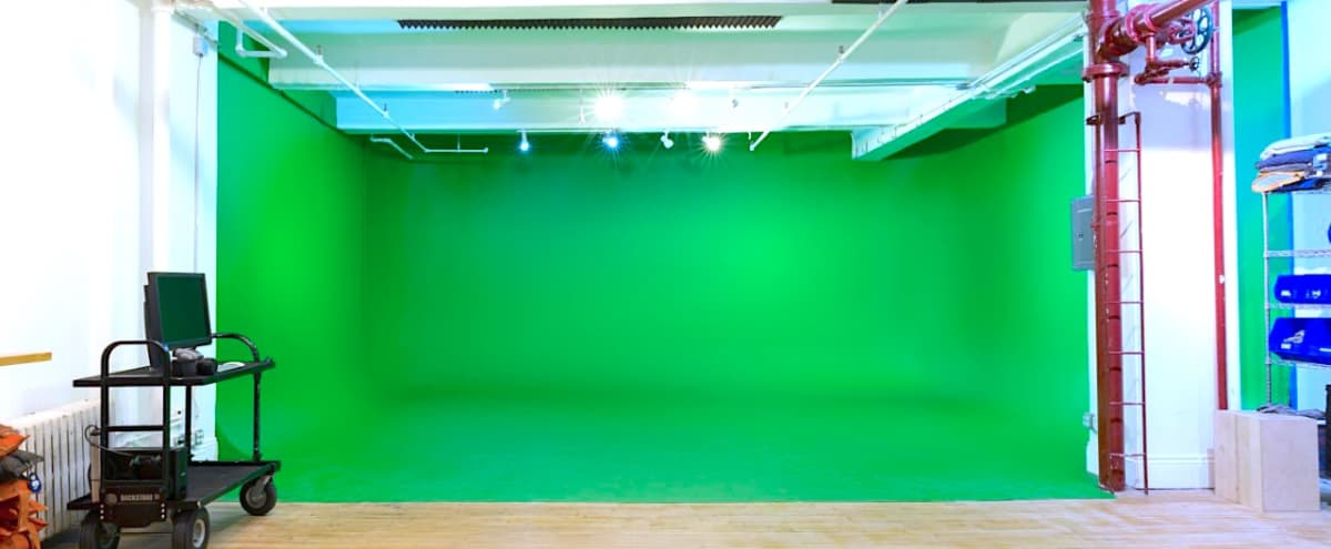 3 Cyc Walls / 2 Soundstages / Photo and Video in New York Hero Image in Chelsea, New York, NY