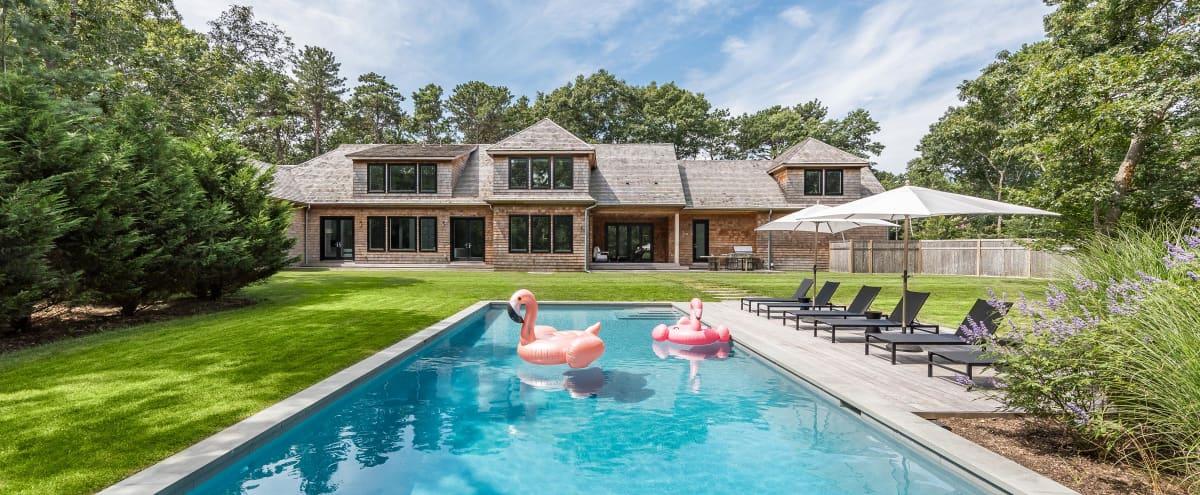 Contemporary East Hampton Home in east hampton Hero Image in undefined, east hampton, NY
