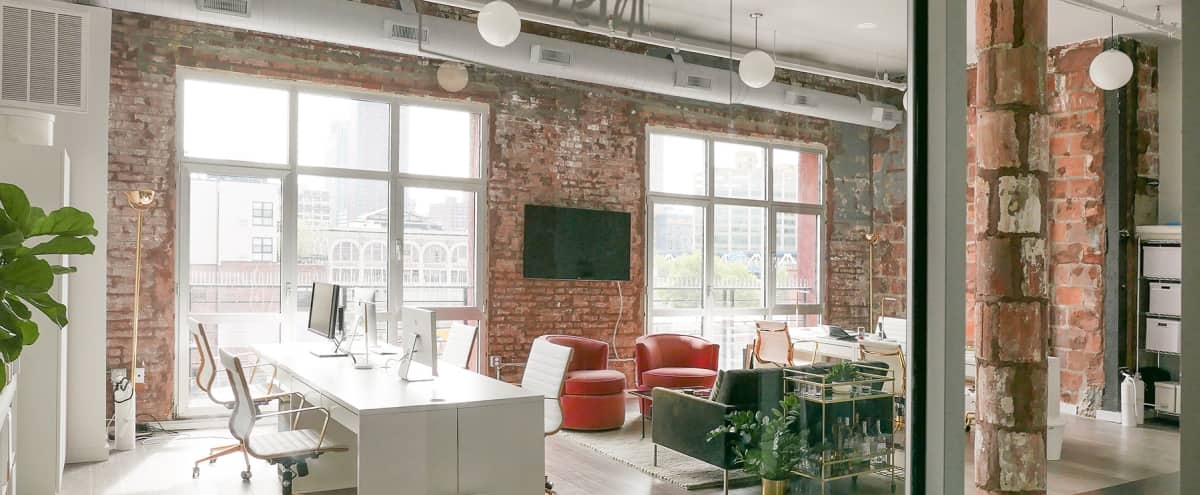 Bright and Spacious Dumbo Office Perfect for Photoshoots + Production Planning in Brooklyn Hero Image in Vinegar Hill, Brooklyn, NY