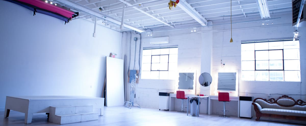 Large Production Studio with Natural Light |  2 in Mississauga Hero Image in undefined, Mississauga, ON