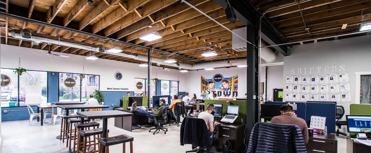 Uptown Workspace for Weekend Events in Chicago Hero Image in Buena Park, Chicago, IL