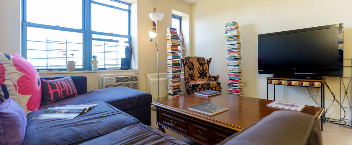 Awesome Views Times Square 2 Bedroom! in NEW YORK Hero Image in Midtown Manhattan, NEW YORK, NY
