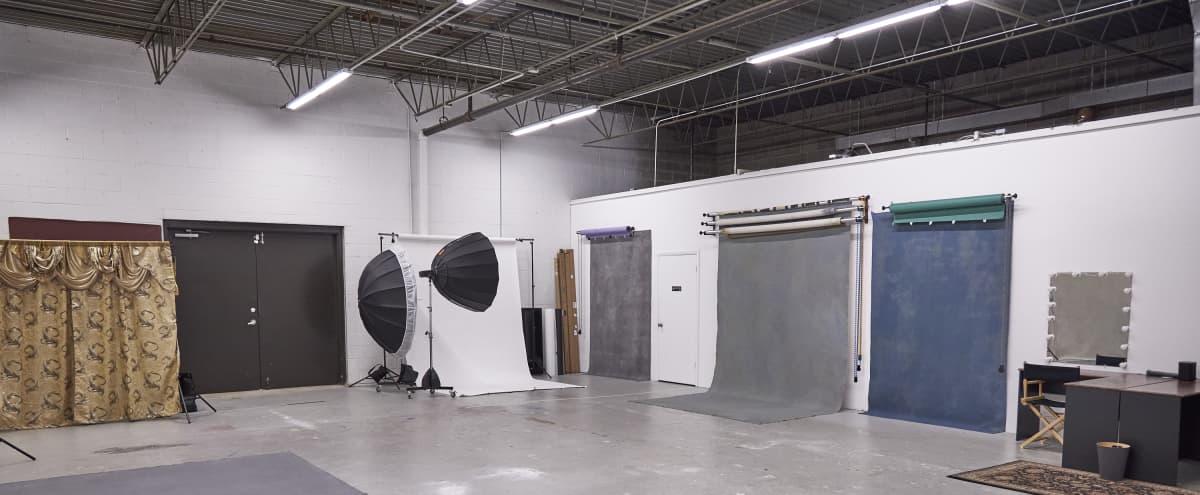 West Suburban Photo Studio Warehouse in Addison Hero Image in undefined, Addison, IL