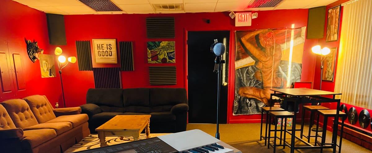 Aesthetic Lehigh Valley Multipurpose Audio Recording Studio in Bethlehem Hero Image in undefined, Bethlehem, PA
