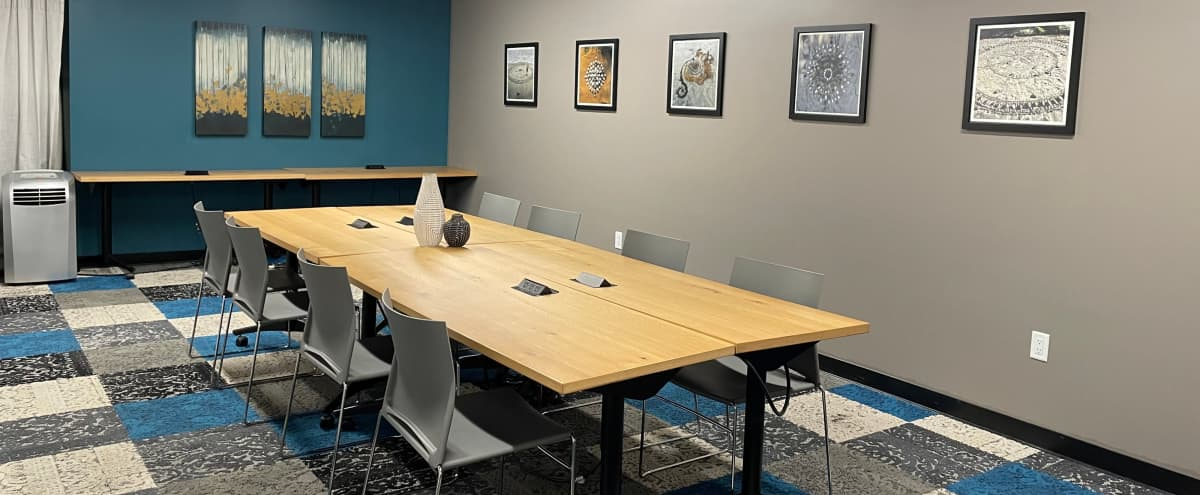 Large Meeting Room in Stylish Soma Coworking Lounge in San Francisco Hero Image in SoMa, San Francisco, CA