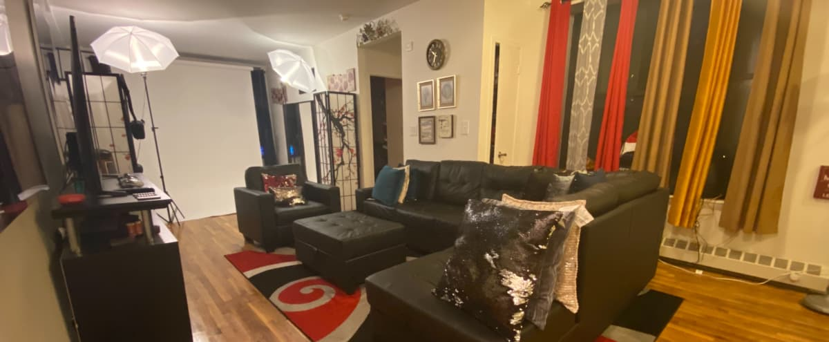 Cozy Creative Space in Bronx NY; Apartment; Modern Decorum in Bronx Hero Image in Morrisania, Bronx, NY