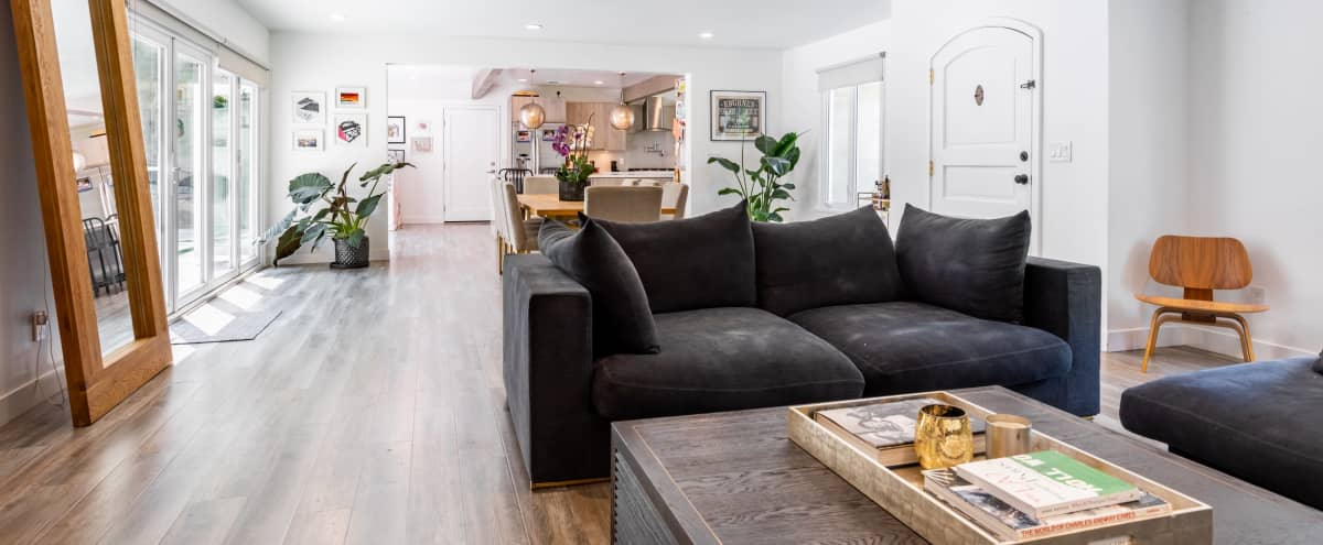 Stunning open-plan modern family home with spectacular outdoor spaces and loads of light in Glendale Hero Image in Glenoaks Canyon, Glendale, CA