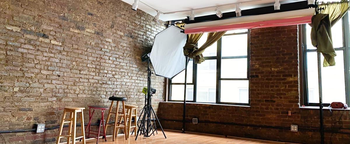 Chelsea Daylight Full Studio with Lounge & Kitchen in NEW YORK Hero Image in Midtown Manhattan, NEW YORK, NY