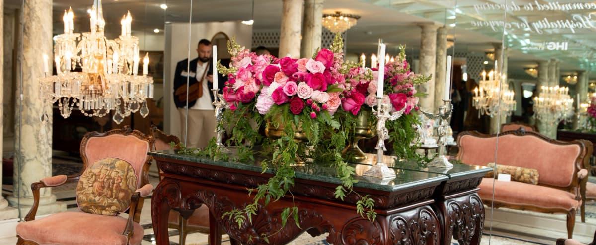 Luxurious Mansion Celebrating Creativity and Art in Las Vegas Hero Image in undefined, Las Vegas, NV