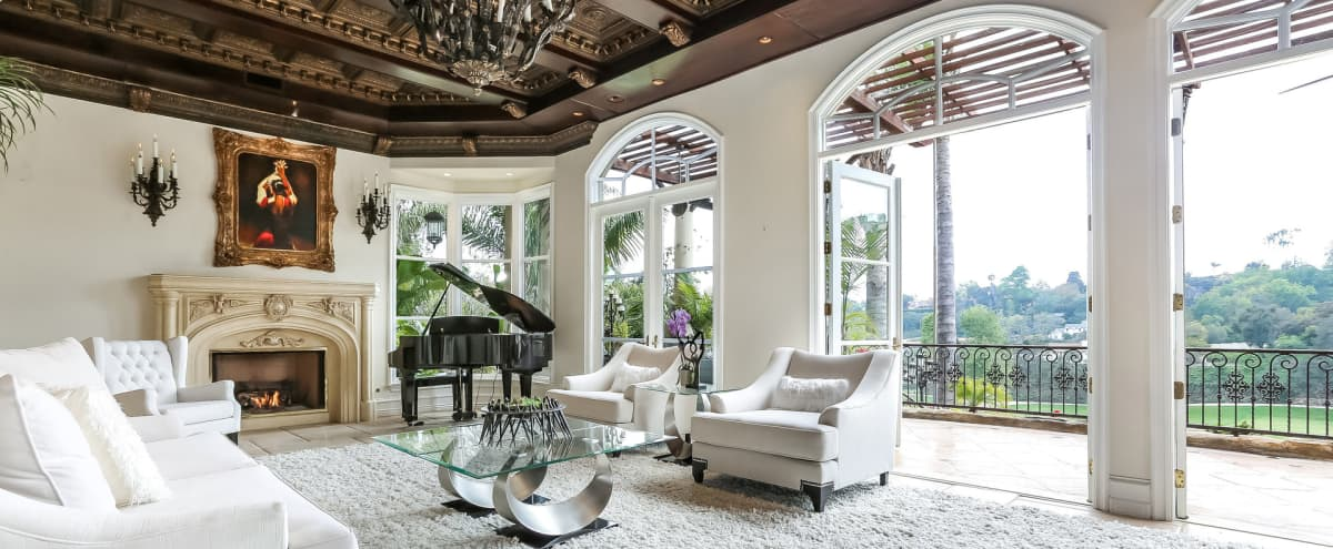 Bel Air tropical mansion house/villa with golf course view in Los Angeles in Los Angeles Hero Image in Bel Air, Los Angeles, CA