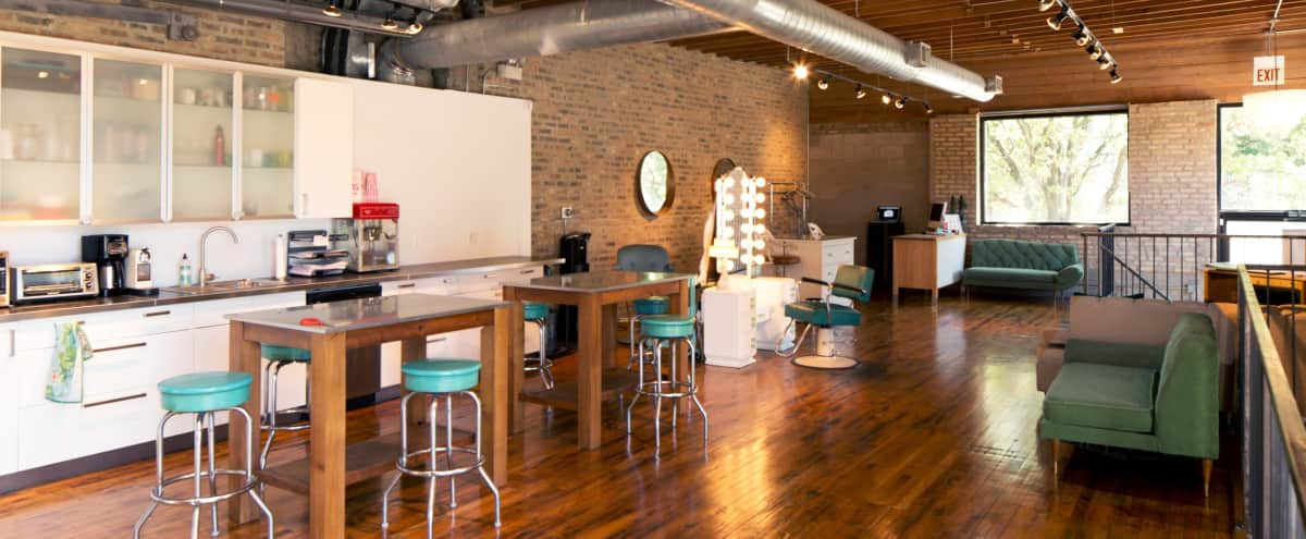 Hidden Gem Photo Studio | Great Location! in Chicago Hero Image in River West, Chicago, IL