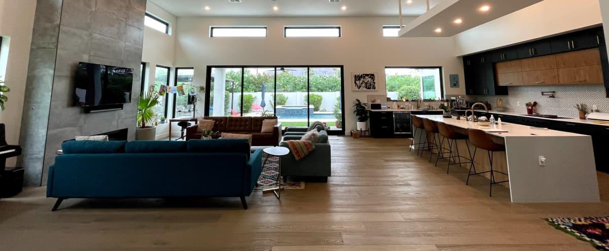 Beautiful Modern Home with 16 ft Ceilings & Pool in Phoenix Hero Image in Camelback East Village, Phoenix, AZ