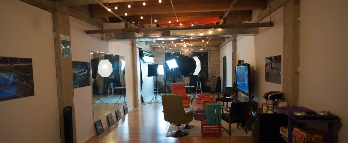 Complete Photography Studio in Artist Loft in Chicago Hero Image in Pilsen, Chicago, IL