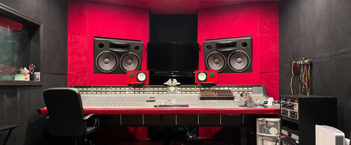 Recording Studio in Sherman Oaks in Sherman Oaks Hero Image in Sherman Oaks, Sherman Oaks, CA
