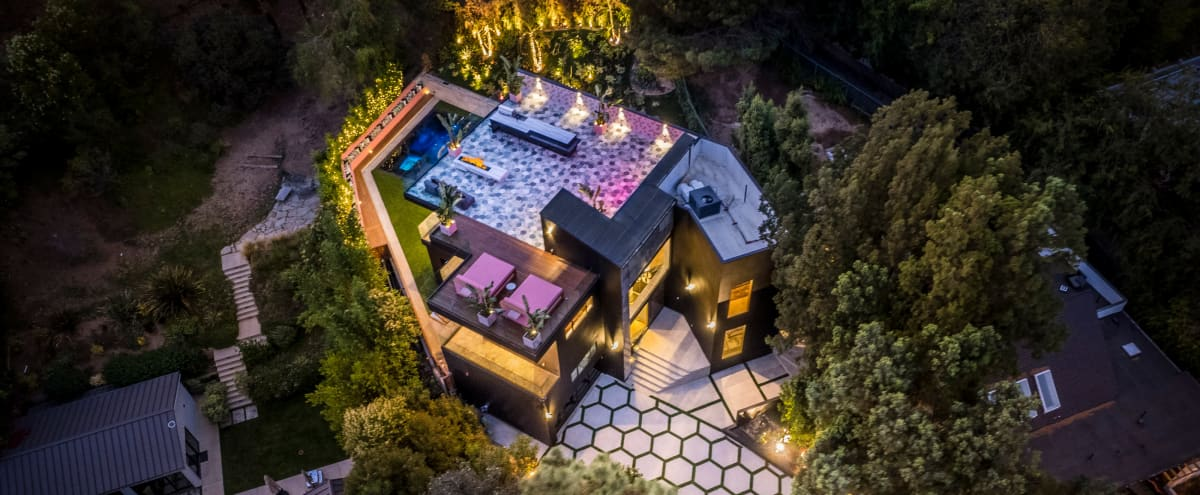 Ultra modern house with open concept plan, large rooftop with panoramic views in Studio City Hero Image in Studio City, Studio City, CA