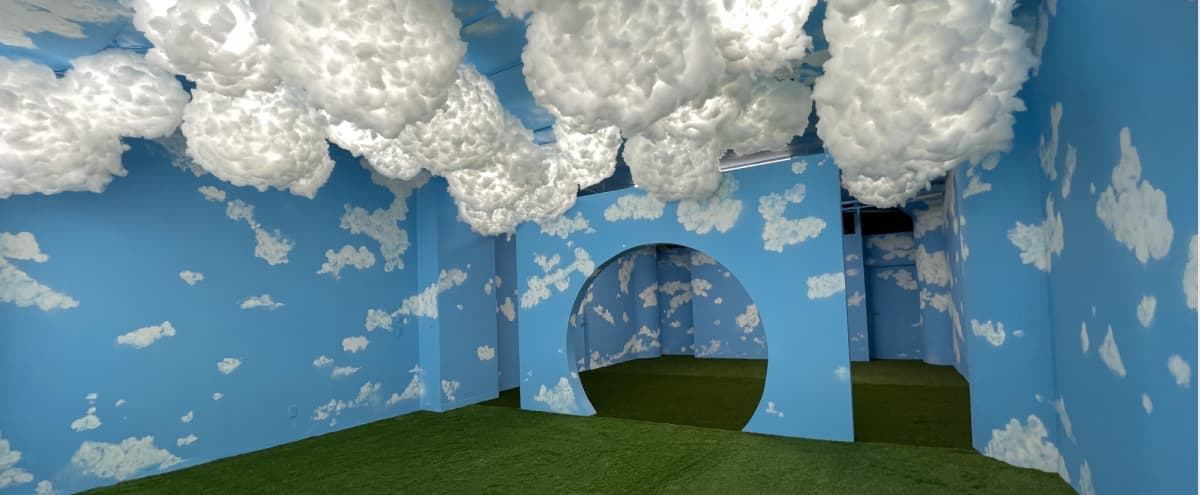 Cloud 9 Sky Studio w/ Thunderstorm room in Los Angeles Hero Image in Central LA, Los Angeles, CA