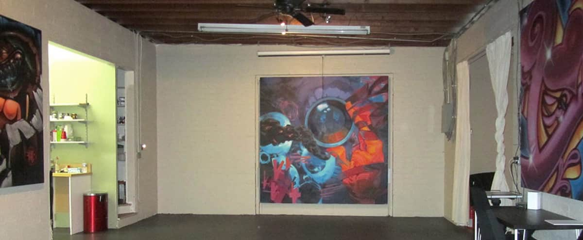 LAX Art Loft and Yard - Indoor/Outdoor with parking in El Segundo Hero Image in undefined, El Segundo, CA